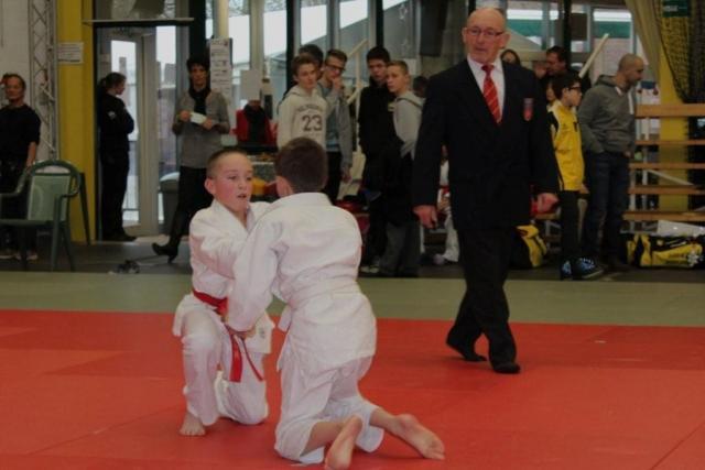 combat Lucas